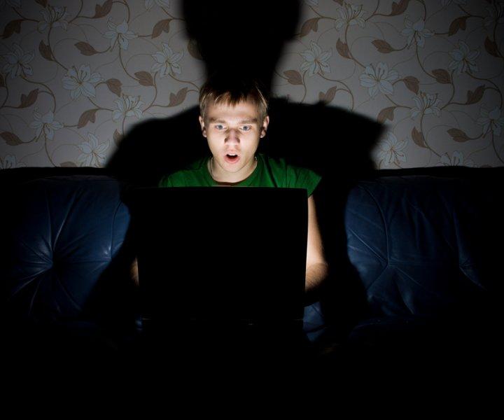 ¿Qué efectos pueden tener los viedeojuegos en la calidad de sueño de mis hijos? Te damos algunos consejos sobre horas y límites de tiempo que pueden resultar útiles para cuidar el descanso de los chicos. #GamingSaludable #PlayingHouse