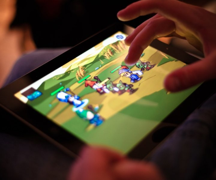 ¿Qué es el gaming? ¿Qué significa ser un gamer? Para muchos, estas palabras llevan una connotación negativa, hacen referencia a vicio o pérdida de tiempo. Nosotros proponemos una idea distinta, real y positiva ¡Te invitamos a conocerla!